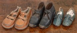 Sale 9120H - Lot 333 - Three pairs of vintage baby shoes.