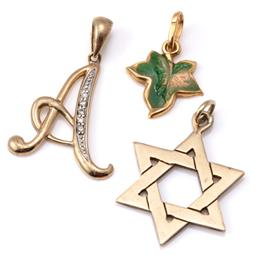 Sale 9124 - Lot 304 - THREE GOLD PENDANTS; 18ct enamelled ivy leaf, wt. 1.06g, 2 x 9ct incl. an A set with single cut diamonds and star of David, wt. 4.06...