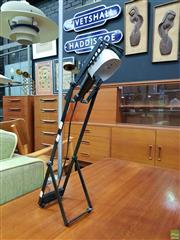 Sale 8566 - Lot 1025 - Artemide Adjustable Table Lamp, Made in Italy