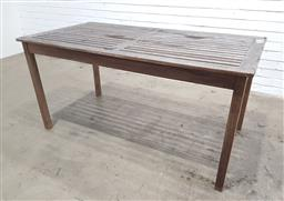 Sale 9151 - Lot 1433 - Timber outdoor table (h70 x w150 x d80cm)