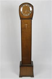 Sale 8384A - Lot 46 - Art Deco Grandmother clock with key (height - 132cm)