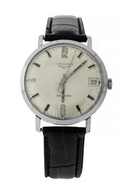 Sale 8522A - Lot 19 - A vintage Longines wristwatch, record, manual wind in stainless steel case, 32 mm, running condition.