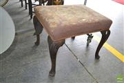 Sale 8267 - Lot 1094 - Antique Georgian Style Walnut Stool, with tapestry seat & cabriole legs with carved knees