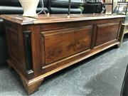 Sale 8809 - Lot 1028 - Part Timber Lift Top Bench Seat