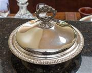 Sale 8270 - Lot 86 - A quality Hecworth silverplate on copper circular entrée dish. D: 23cm