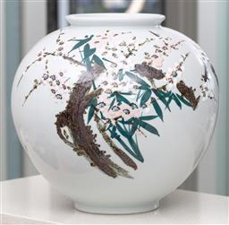 Sale 9162H - Lot 11 - A Japanese ceramic bulbous vase with cherry blossom decorations, Height 35cm