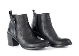 Sale 9221 - Lot 350 - A PAIR OF ZK BLACK LEATHER ANKLE BOOTS; with zip sides, size 38 (250mm).