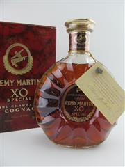 Sale 8439 - Lot 706 - 1x Remy Martin XO Special Cognac - old bottling, in box