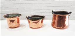 Sale 9126 - Lot 1176 - Suite of 3 French copper jam pans, two with swing handles  (h:20.5 x d:23cm)
