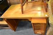 Sale 8115 - Lot 1482 - Timber Knee Hole Desk w Fitted Lift Out Door & Drawer Below