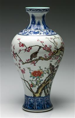 Sale 9192 - Lot 57 - A Blue and White Chinese Vase Decorated with Polychrome Birds (H:36cm)