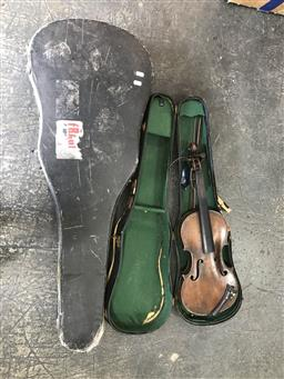 Sale 9106 - Lot 2195 - Vintage violin & guitar in case some condition issues