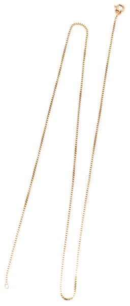 Sale 9160 - Lot 335 - A 9CT GOLD CHAIN; 1.2mm wide square boston link chain to bolt ring clasp, length 54cm, wt. 5.01g.