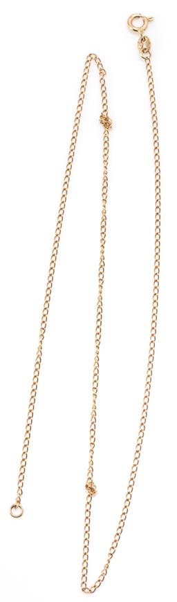 Sale 9168J - Lot 308 - A 9CT GOLD CHAIN; 1.4mm wide curb link chain to bolt ring clasp, length 44cm, wt. 1.70g.
