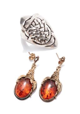 Sale 9253J - Lot 535 - A SILVER RING AND PAIR OF GOLD PLATED AMBER EARRINGS; sterling silver long Celtic knot design ring, width 43mm, size S, and grape vi...