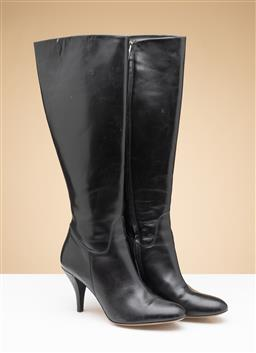 Sale 9260H - Lot 369 - A pair of Mugnai black leather boots, (New) size 39.