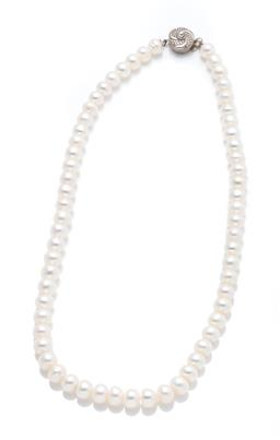 Sale 9253J - Lot 404 - A GRADUATED FRESHWATER PEARL NECKLACE; 7-8mm off round pearls to paste set clasp, length 39cm.