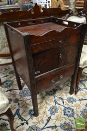 Sale 8500 - Lot 1008 - George III Mahogany Bedside Cabinet, with pierced gallery top, two doors (one off) and slide out step on square legs