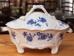 Sale 9120H - Lot 389 - A Minton blue and white lidded tureen, Width 36cm