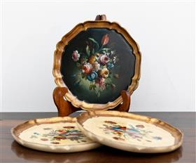 Sale 9195H - Lot 17 - A group of three Florentine plates