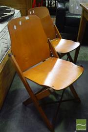 Sale 8550 - Lot 1244 - Set of 4 Vintage Folding Chairs