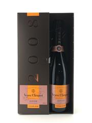 Sale 8571 - Lot 778 - 1x 2008 Veuve Clicquot Ponsardin Vintage Rose, Champagne - in box