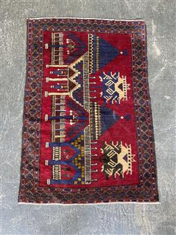 Sale 9129 - Lot 1028 - Hand knotted pure wool Persian balouchi (130 x 87cm)