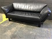 Sale 9039 - Lot 1069 - Artifex Leather 2 Seater Lounge in Black Leather (h:81 x w:200 c d:77cm)