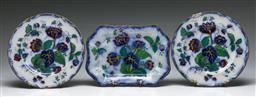 Sale 9138 - Lot 108 - A Set Of Three 19th Century Wedgwood Plates and Tray (Some Damage) (Dia 23cm and width of tray (W:25cm)