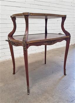 Sale 9162 - Lot 1044 - Louis XV Style Walnut Etagere, of two shaped string-inlaid tiers with brass edges, raised on cabriole legs (h:90 x w:76 x d:53cm)