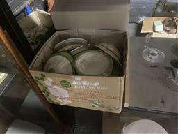 Sale 9101 - Lot 2379 - Collection of green and white ceramics inc tureens, plates and tea cups