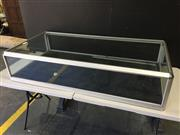 Sale 9006 - Lot 1023 - Table Top Display Case (h:31 x w:140 x d:70cm)