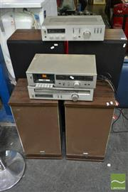 Sale 8495 - Lot 2091 - Vintage Toshiba HiFi System with 4 Speakers