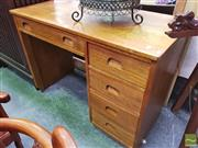 Sale 8447 - Lot 1066 - 417602Oak Desk