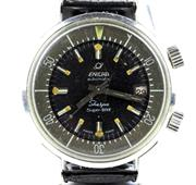 Sale 8402W - Lot 91 - VINTAGE ENICAR SHERPA SUPER DIVE 600 AUTOMATIC WRISTWATCH; black dial with crown set outer rotating 60 minute track, centre seconds,...