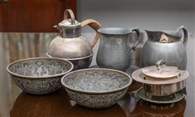 Sale 9195H - Lot 65 - Sundry metal wares to include Persian bowls, pewter tankard and jug