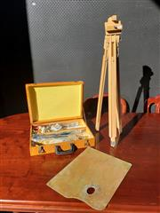 Sale 9026 - Lot 1058 - Vintage Folding Timber Artist Easel With Timber Artist Carry Case (H83cm)