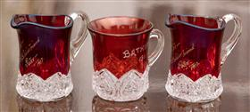 Sale 9195H - Lot 43 - Three small pieces of cranberry presentation glass, Height 10cm, one chipped