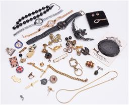 Sale 9180E - Lot 149 - A collection of vintage costsume jewellery including French jet