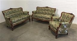 Sale 9151 - Lot 1316 - Victorian mahogany 3 piece parlour suite incl 2 x 2 seaters and an armchair (h:81 x w:125 x d:50cm)