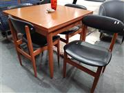 Sale 8822 - Lot 1029 - Vintage Five Piece Dining Setting incl. Extension Table & Four Chairs