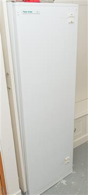 Sale 8380A - Lot 42 - A Fisher & Paykel frost free freezer, H 156 x W 52, together with a Fisher & Paykel frost free fridge, H 156 x W 52cm