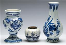 Sale 9168 - Lot 416 - A small collection of delft wares (H:19cm, 15.5cm and 7cm)