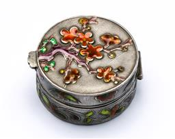 Sale 9164 - Lot 116 - A Chinese sterling silver & enamel pill box D3cm