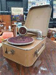 Sale 8872 - Lot 1023 - Vintage Cased Portable Gramophone