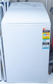 Sale 8800 - Lot 216 - A Fisher & Paykel Quick Smart top loading washing machine