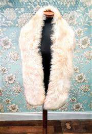 Sale 8577 - Lot 88 - A vintage faux fur white stole, L 168cm, Condition: Very Good (small thinning spot)