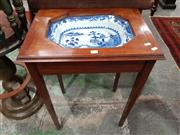 Sale 8714 - Lot 1050 - Georgian Style Mahogany Wash Table, fitted with a Qianlong Blue & White Dish & on tapering legs