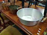 Sale 8439F - Lot 1829 - Copper Pan with Double Handle & Copper Pan with Single Handle (H 11cm x D 27cm - H 12cm x D 28cm)