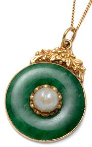Sale 9037 - Lot 347 - A BI JADE AND PEARL GOLD PENDANT; 26mm green jadite jade disc centring an 8.8mm round cultured pearl (crazed) set in 17ct gold, wt....